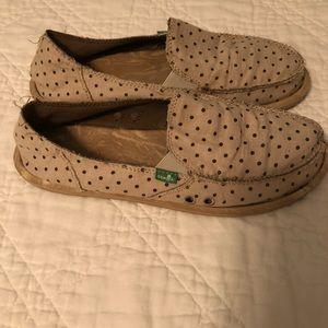 Sanuk Shoes - Sanuk slip ons size 9